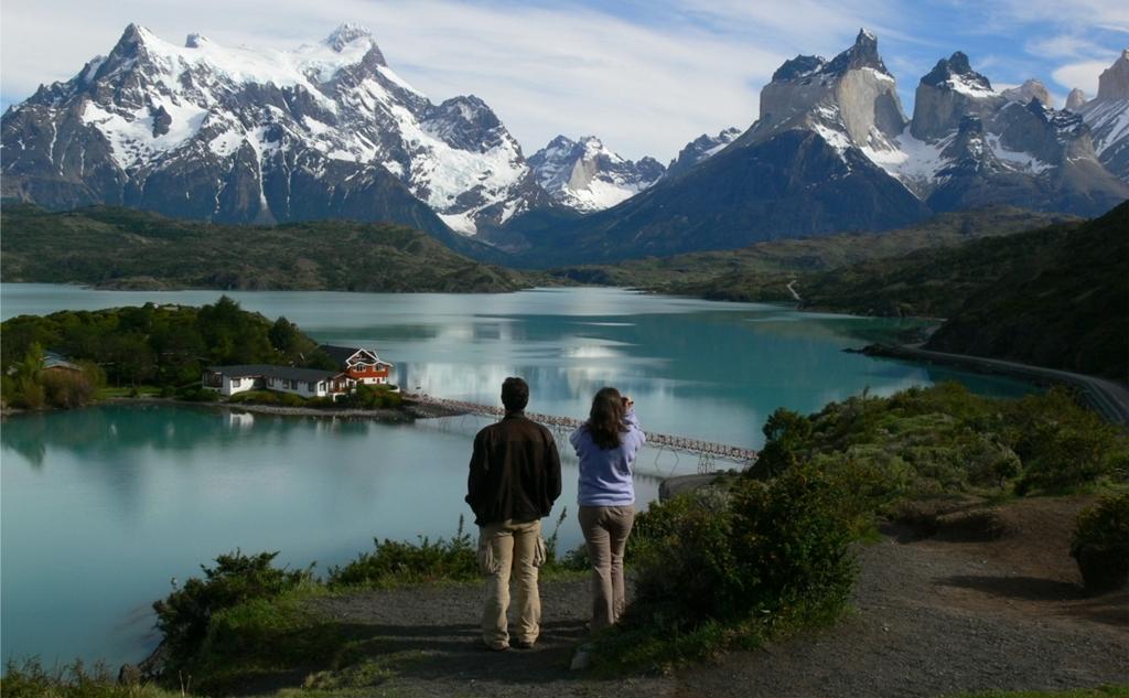 VIAJE GRUPAL A LA PATAGONIA EN AVION DESDE CORDOBA - El Calafate / Ushuaia / Puerto Natales / Punta Arenas /  - Buteler Viajes