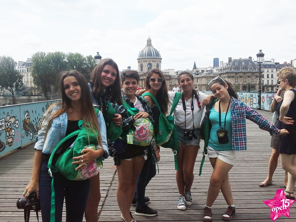 Viajes de Quinceañeras a Europa desde Cordoba - Barcelona / Madrid / París / Londres / Roma /  - Buteler Viajes